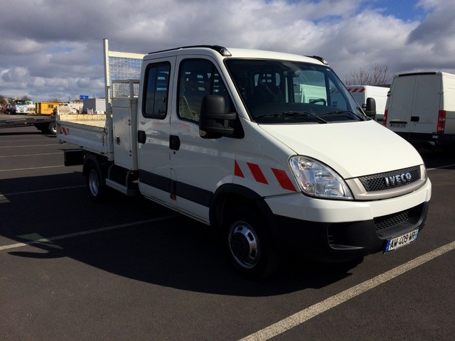 Iveco 35C13 TP7 BENNE