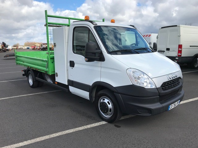 Iveco DAILY 35C15 benne coffre