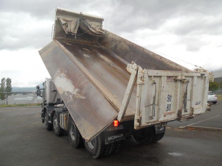 Scania P 410 8×4 bibenne