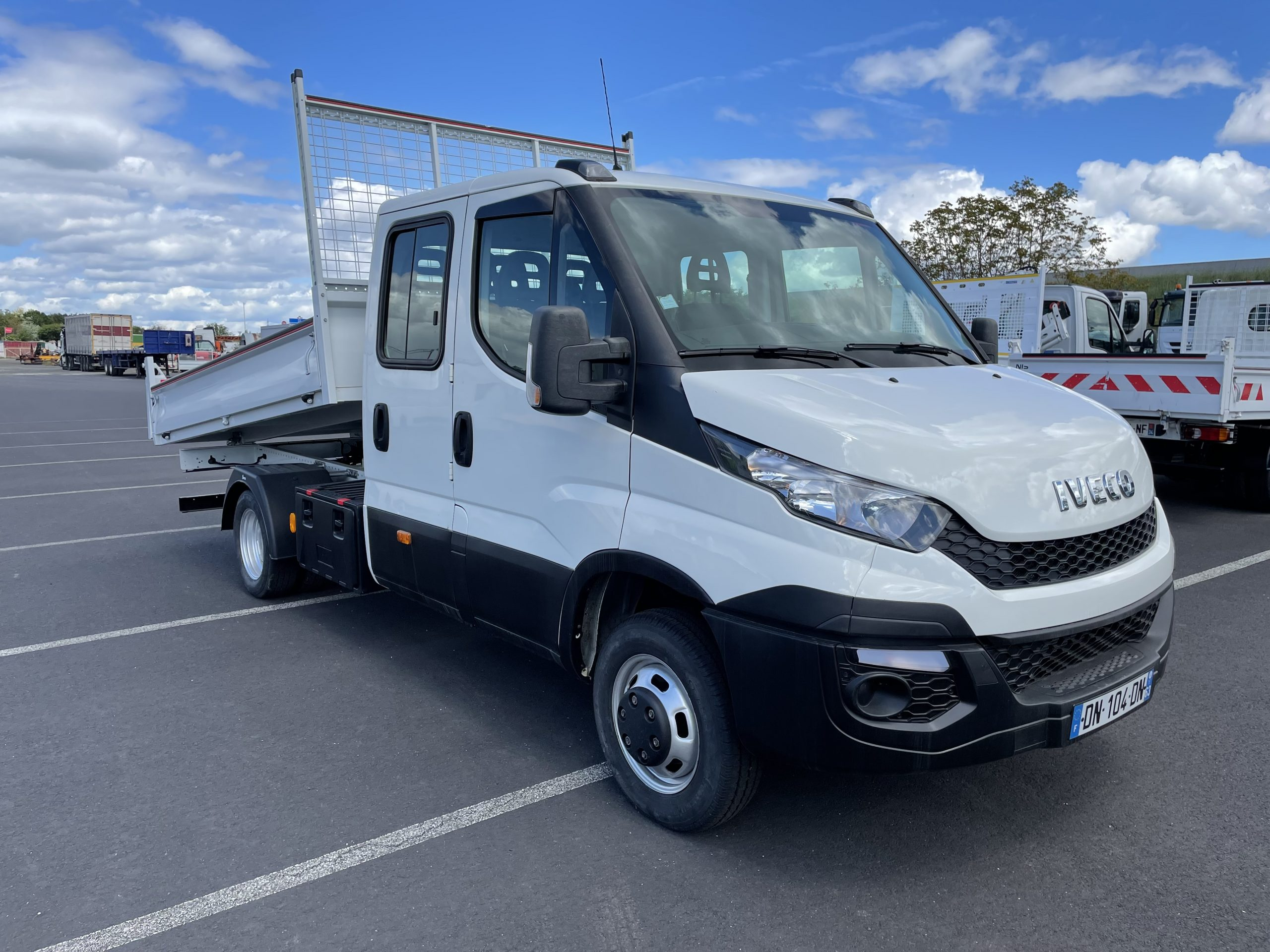 Iveco DAILLY 35 C 15 TP7 BENNE JPM