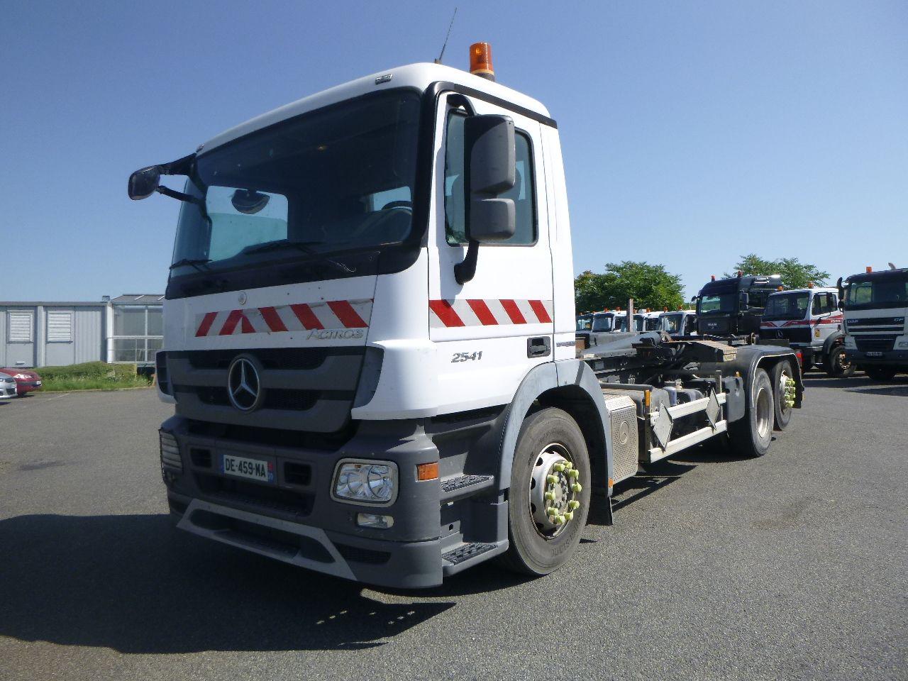 Mercedes Benz ACTROS 2541 6×2 ampliroll