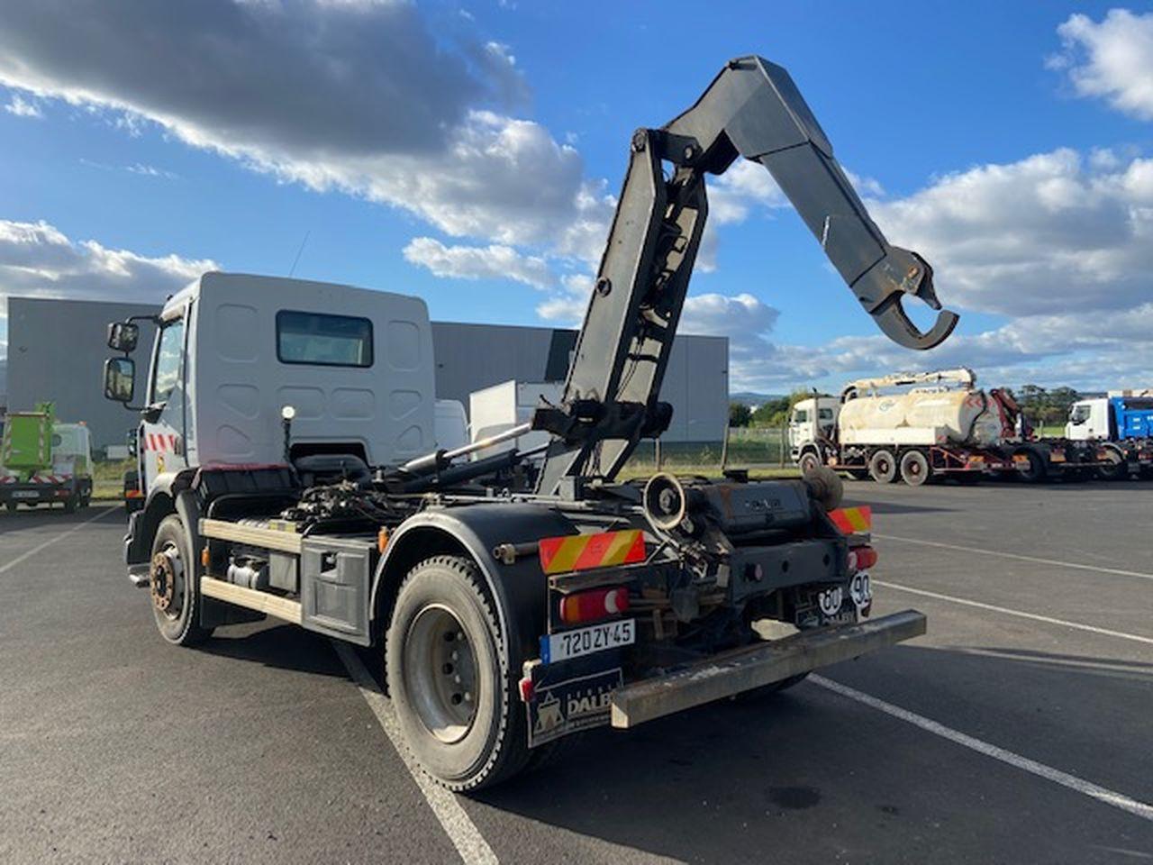 Renault vi MIDLUM 220 Dxi 4×2 ampliroll